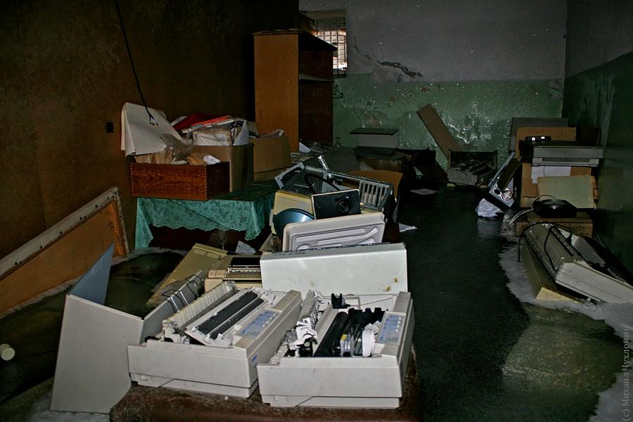 Заброшенная больница в Сыктывкаре мониторы