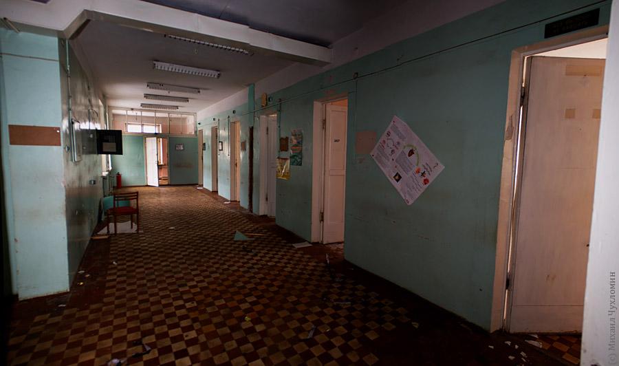 Заброшенная больница в Сыктывкаре коридоры