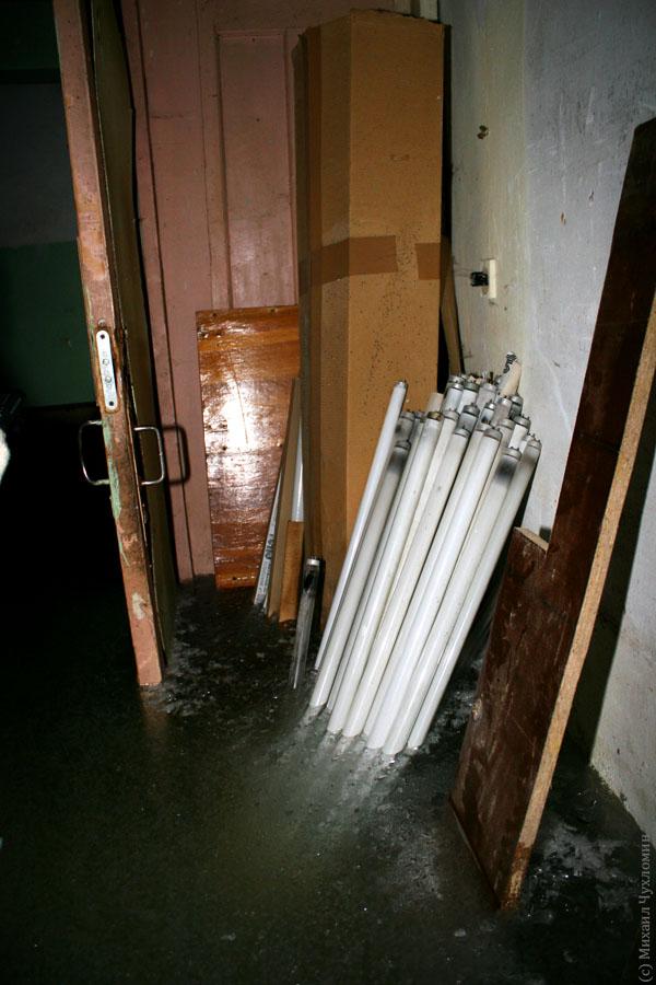 Заброшенная больница в Сыктывкаре подвал