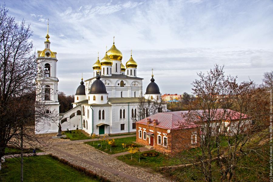 Дмитров Успенский собор