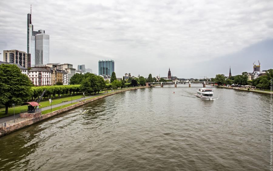Набережная музеев Франкфурт-на-Майне