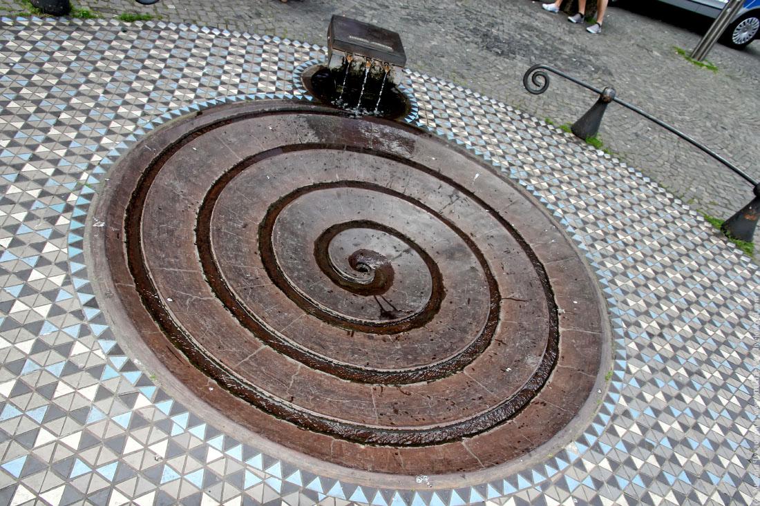 Кёльн фонтан