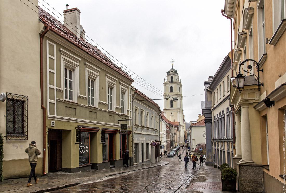 Вильнюс Улочка и колокольня